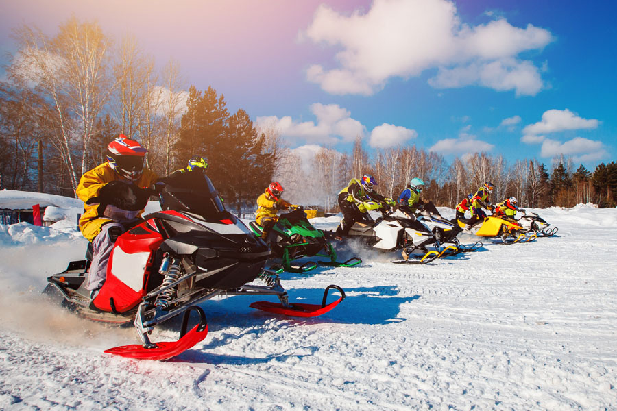 Snowmobile Insurance - Family Out to Explore the Snow